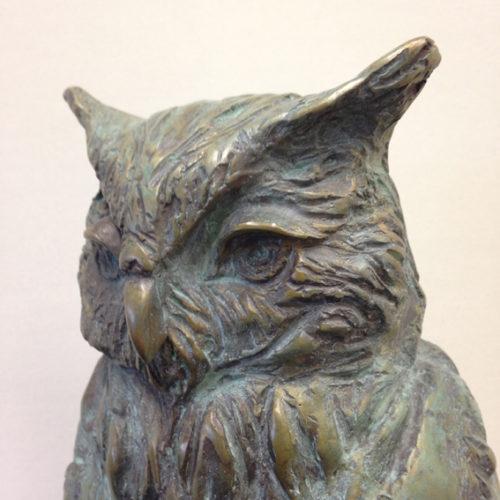 Oehoe brons (detail) 54cm hoog(incl. sokkel) oplage 8