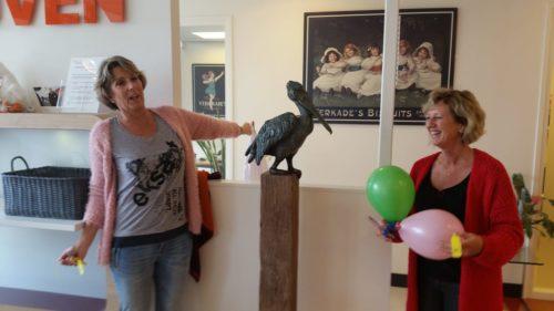 offenbarung pelikan in sanquin, Zaandam